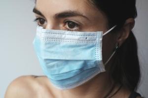 Mascherine chirurgiche - Megachimica ti spiega i Dispositivi di Protezione Individuale